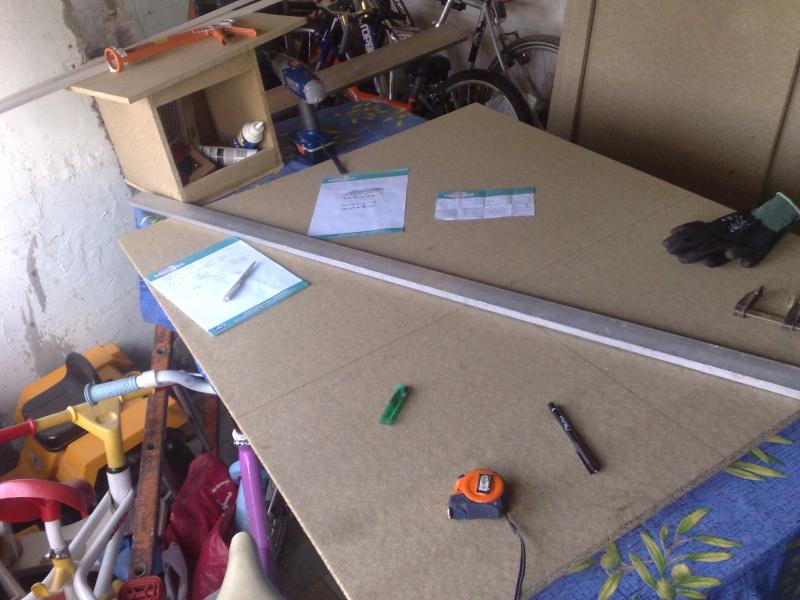 construction terrarium pour elaphe. Black Bedroom Furniture Sets. Home Design Ideas