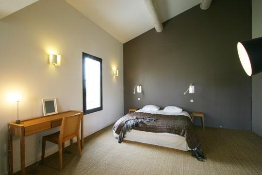 Chambre Couleur Foncée : Besoin aide pour decorer une chambre taupe et lin svp