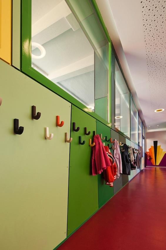 Architecture ecole maternelle pajol de palatre leclere for Decoration porte maternelle